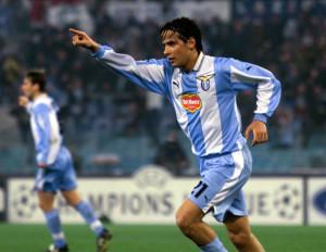 Simone Inzaghi esulta dopo il suo secondo gol al Marsiglia in una partita della Champions League allo Stadio Olimpico di Roma, 14 marzo 2000.  Inzaghi realizzo' 4 gol. ANSA/MAURIZIO BRAMBATTI